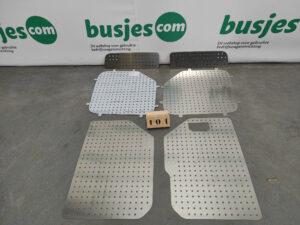 Productafbeelding: Aluminium perfo panelen achterdeuren VW Crafter H3 boven & onder NIEUW (nr 101)